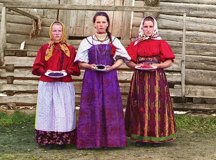 Как должен вести себя настоящий русский