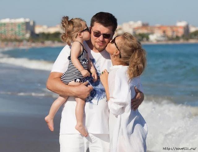 Кристина Асмус с семьей на фото/6210208_kristina_asmus (640x490, 111Kb)