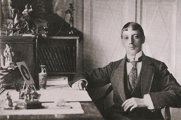 За что расстреляли поэта Николая Гумилева в 1921 году?