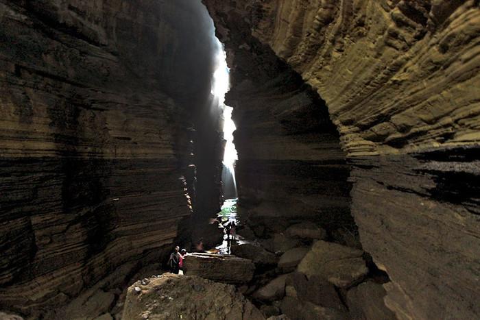Gupteswar-Mahadev-Cave (700x467, 112Kb)