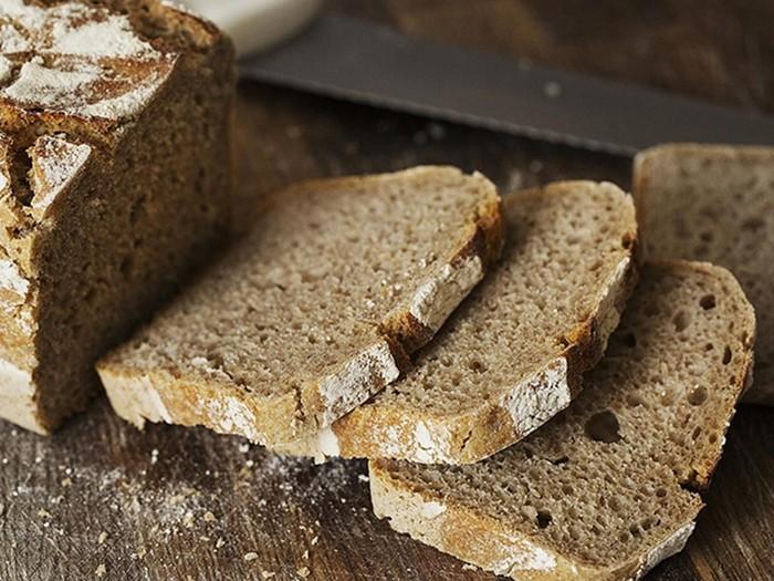 Эксперты определили, какой хлеб полезнее — белый или черный