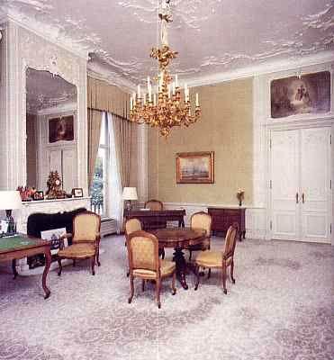 4070986_2_24_Salon_Wilhelmina_Lodewijk_XV_salon (371x400, 22Kb)