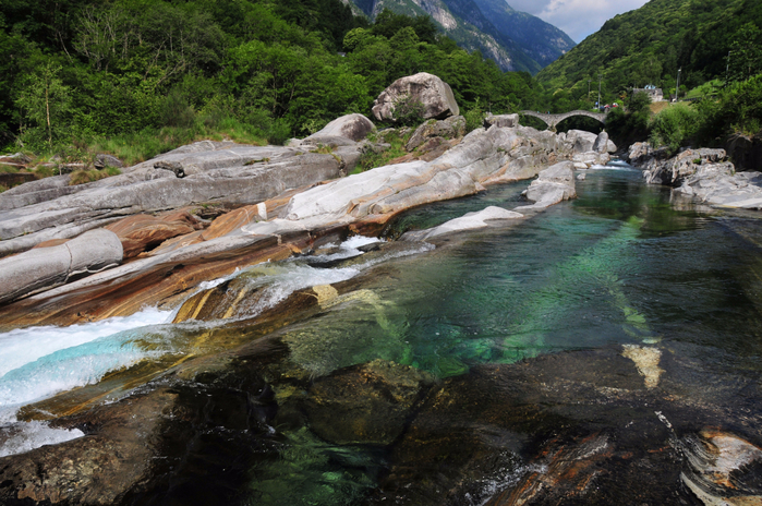 река Верзаска швейцария 3 (700x464, 485Kb)