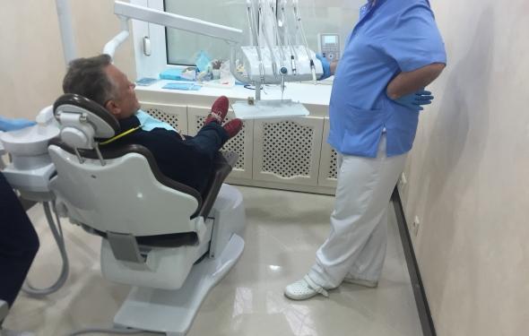 3347825_Medicinskii_centr_ESTE_line_Kiev_priyom_pacienta (590x375, 26Kb)