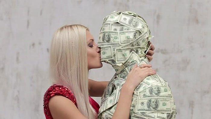 поцелуй$ (700x394, 45Kb)