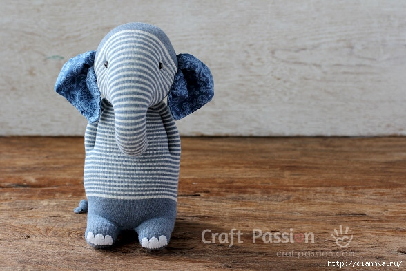 denim-sock-elephant (588x392, 166Kb)