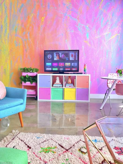 радужный интерьер квартиры 5 (525x700, 482Kb)