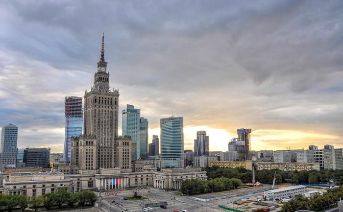 Смотровая площадка Дворца культуры и науки в Варшаве. Видео