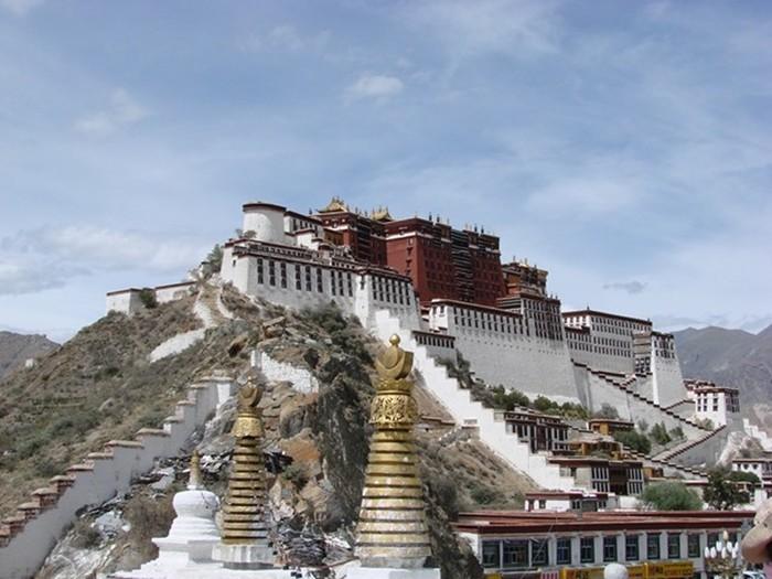 Дворец Потала в Тибете