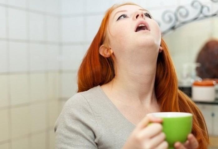 Полоскания при боли в горле
