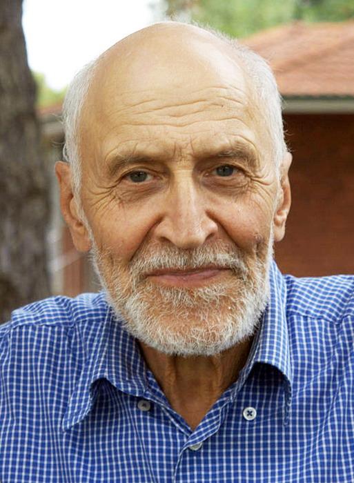 Nikolay Drozdov in Australia (513x700, 341Kb)