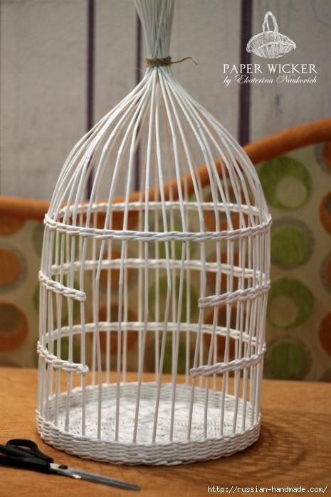 Плетение из газет. Клетка для птички (13) (465x700, 231Kb)