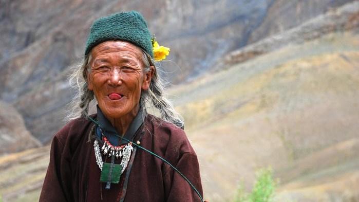 10необычных приветствий народов мира