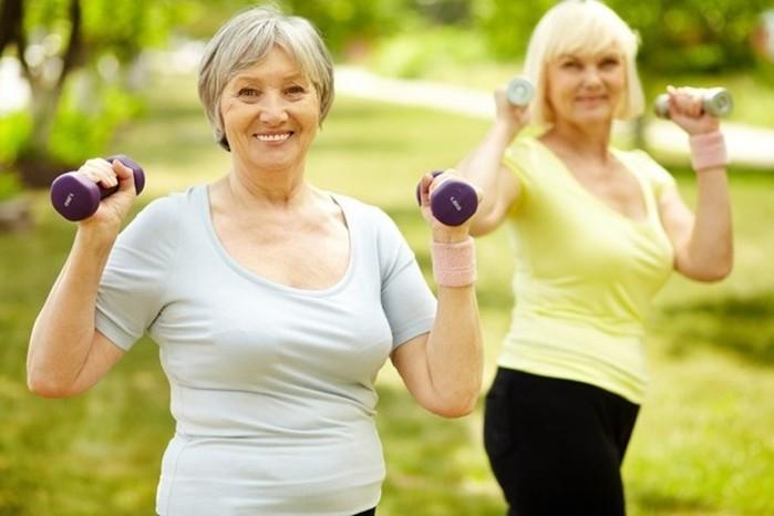 7 видов фитнеса для женщин после 45 лет
