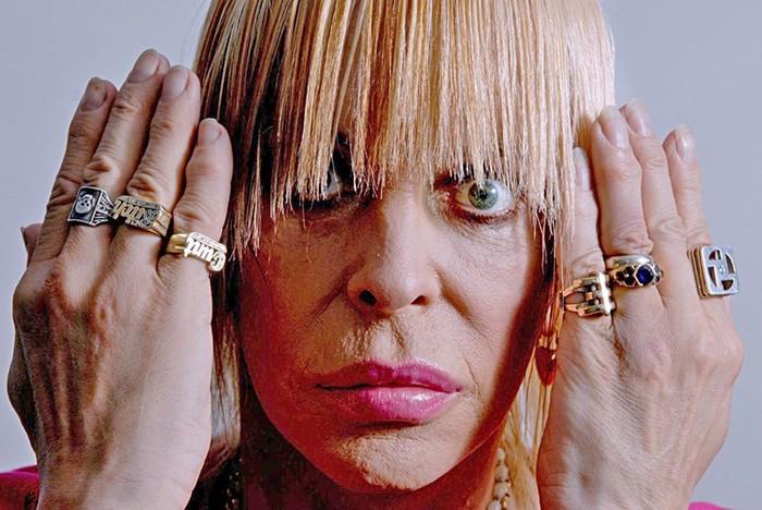 Трансгендеры: Кто из знаменитостей сделал операцию по смене пола, кроме сестер Вачовски?