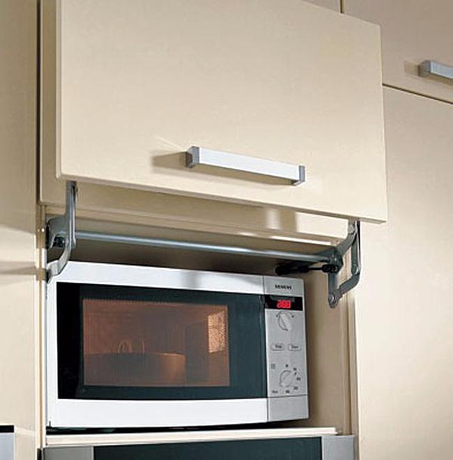 Микроволновка-в-навесном-шкафу (650x659, 225Kb)