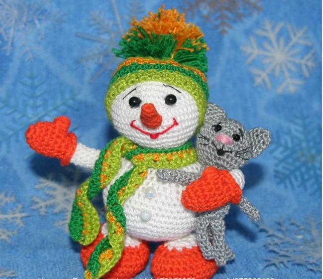 Вязание игрушек крючком: Снеговичок с котенком