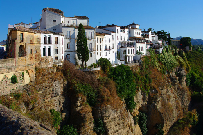 Mountain_City_of_Ronda_9 (700x464, 469Kb)