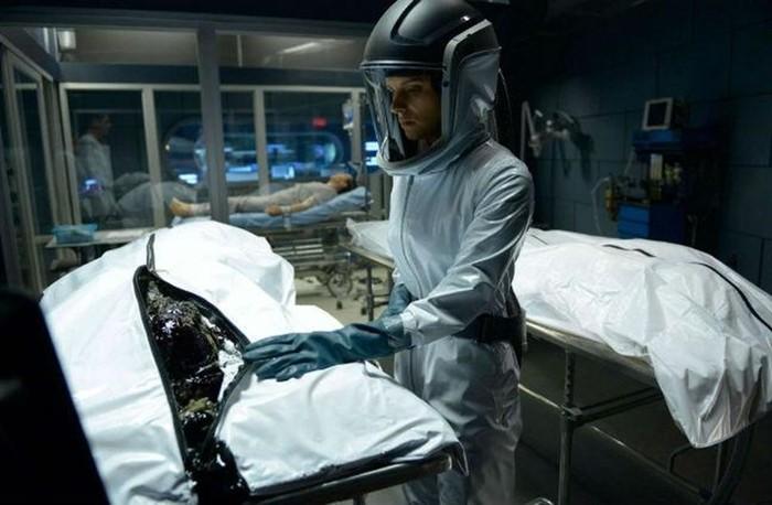 12 интересных научно фантастических сериалов