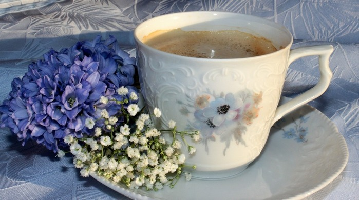 coffee-and-flowers (700x390, 88Kb)