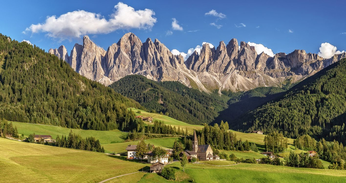 dolomite-alps-south-tyrol-italy-gory (700x370, 341Kb)