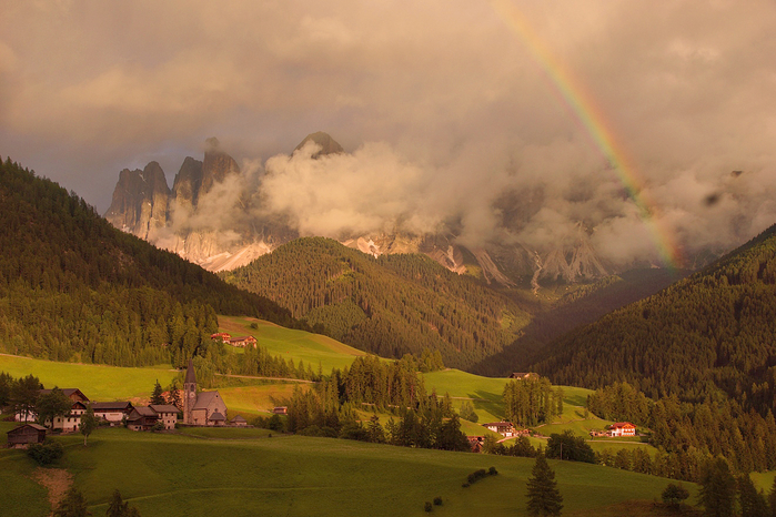 Dolomites-Italy.-The-best-routes-16 (700x466, 420Kb)