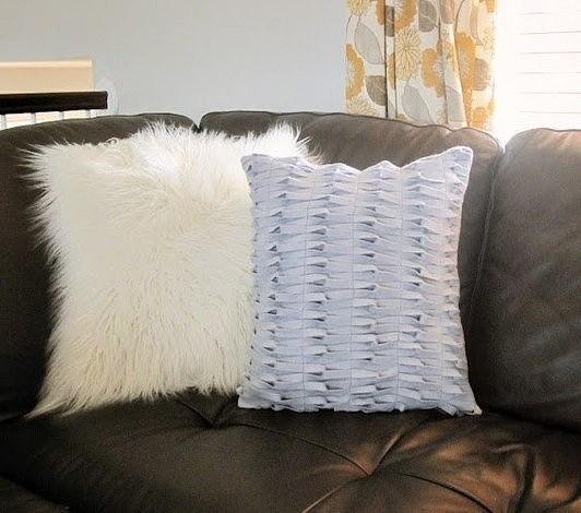 Как сделать интересную декоративную подушку «Петельки»