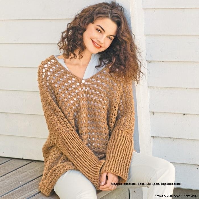 Модный ажурный пуловер золотистой расцветки крючком