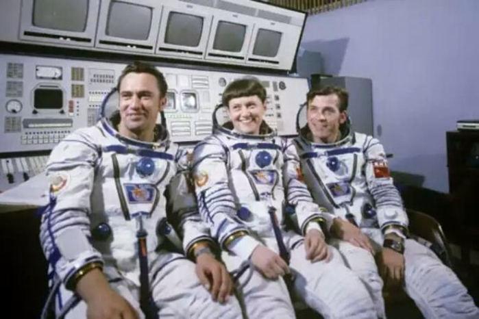 Зачатие в космосе: в чём подозревали вторую женщину-космонавта