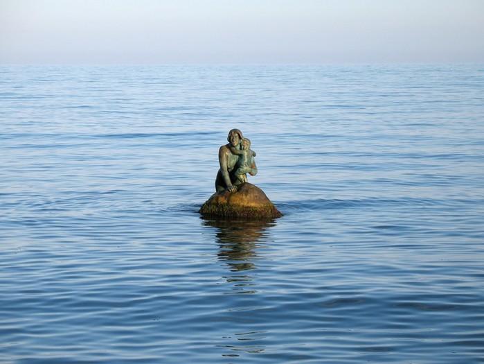 Почему донные течения Черного моря смертельно опасны?