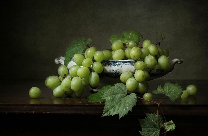 grapes-food-still-life-berries-1548683 (700x459, 56Kb)