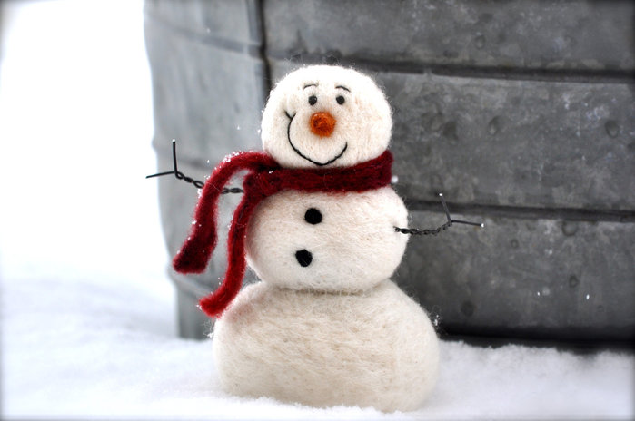 Cute-needle-felted-snowman (700x464, 50Kb)