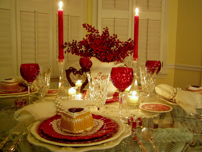 137984956_Valentines_Table_02 (700x525, 524Kb)