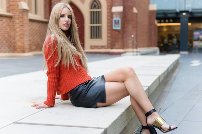 Какая одежда выдает одинокую женщину