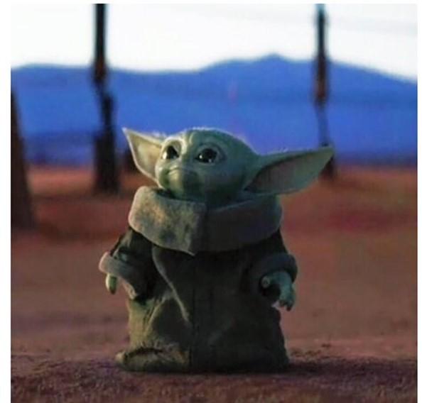 Малыш Йода из «Звездных войн» стал звездой интернета
