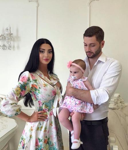 Самая красивая пара Грузии и их дочка