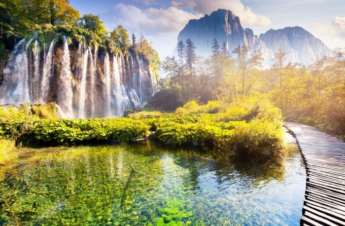 5222098_22Plitvice_Lakes_National_Parke1528956405106 (700x458, 95Kb)