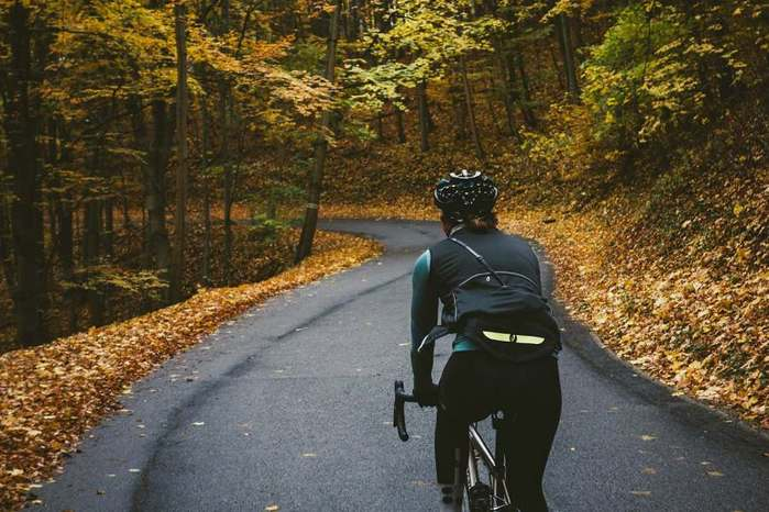 6990431_autumn_cycling (700x466, 60Kb)