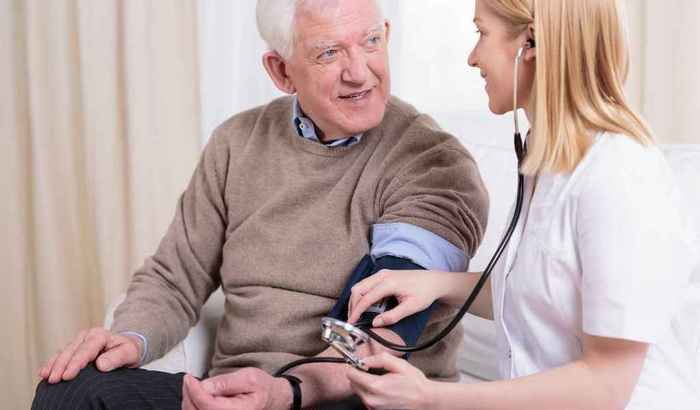 caregiver-checking-the-hypertension-PTJTCKB (700x410, 20Kb)
