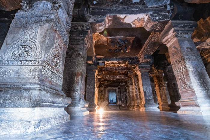 inside-Kailasa-Temple-1024x683 (700x466, 397Kb)