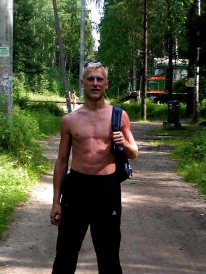 А вот это я перед тем, как полезть в болото по дороге на Неву!