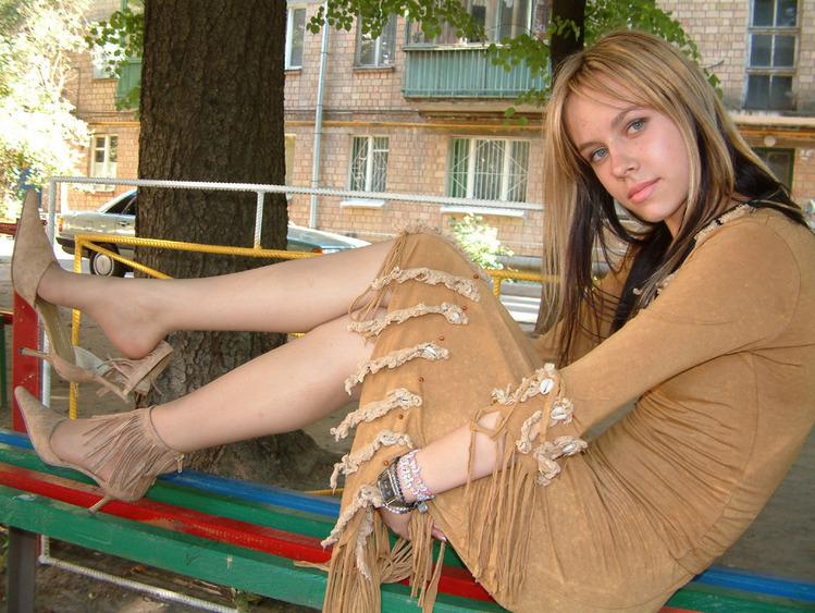 ножки в колготках