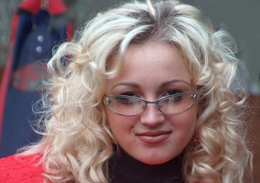 Бузова увидела Третьякова с новой возлюбленной (фото) Бузова увидела