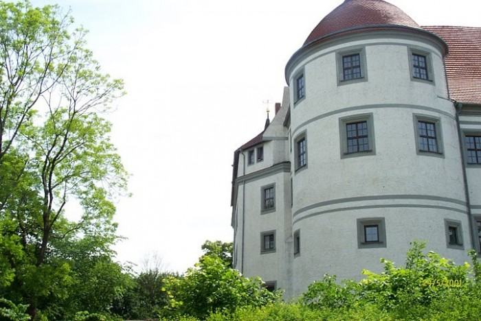 Замок Носсен (нем. Schloss Nossen) 47006