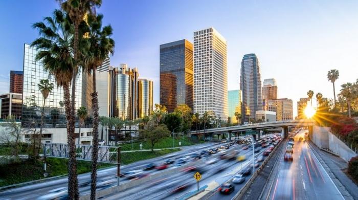 Лос-Анджелес. Количество миллиардеров: 20 Общее состояние: 70,7 млрд долларов Самый богатый житель: Патрик Синьсян (11,9 млрд долларов)