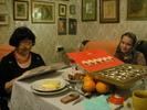 [+] Увеличить - Мама читает сонник,который заказала себе в подарок:)