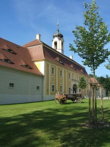 Замок Рамменау (нем. Barockschloss Rammenau) 63730