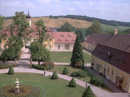 Замок Рамменау (нем. Barockschloss Rammenau) 72693