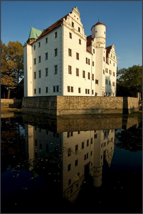 Волшебный замок Шёнфельд (нем. Zauberschloss Schoenfeld) 79301