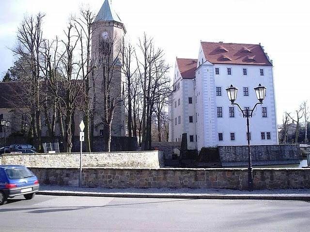 Волшебный замок Шёнфельд (нем. Zauberschloss Schoenfeld) 91661